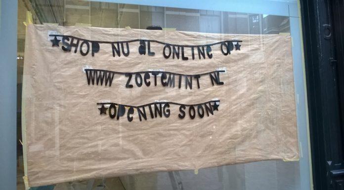 Het grote spanbord van Zoetemint in de etalage van Hoogstraat 22a Wageningen.