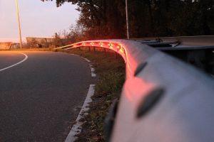 Verlichting in de vangrail via Plant-e tussen Wageningen en Ede.